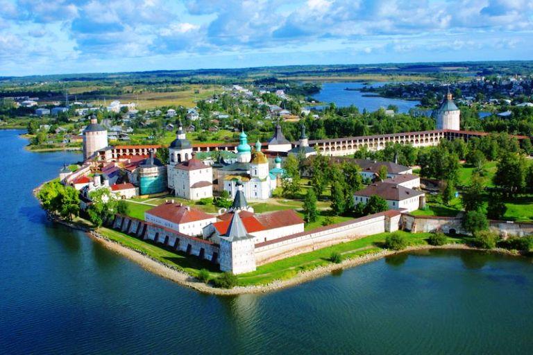 kirillo-belozerskiy-monastyr[1].jpg