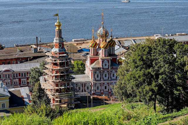 1280px-Nizhny_Novgorod._Church_of_the_Nativity_of_the_Blessed_Virgin_Mary_P8132507_2200.jpg